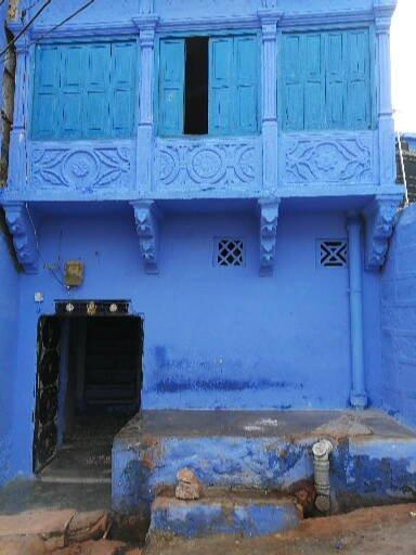 Nel blu dipinto di blu.
