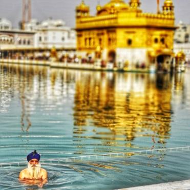 Il Tempio d'oro di Amritsar.